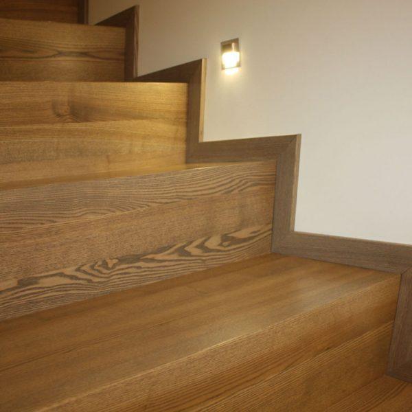 Mediniai laiptai - Modelis 02