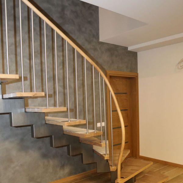 Mediniai laiptai - Modelis 03