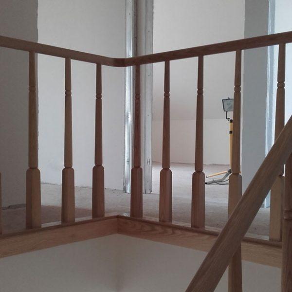 Mediniai laiptai - Modelis 07