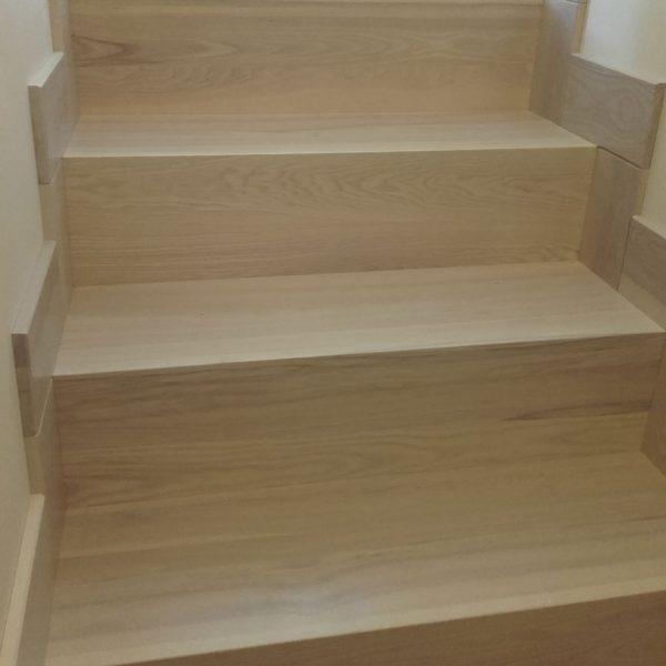 Mediniai laiptai - Modelis 09