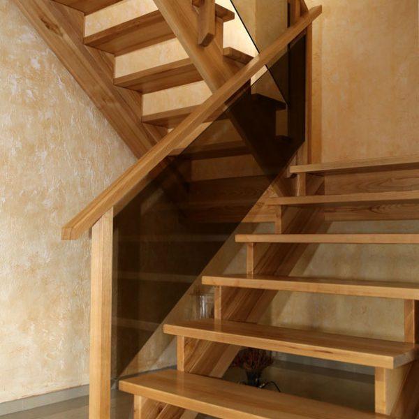 Mediniai laiptai - Modelis 13